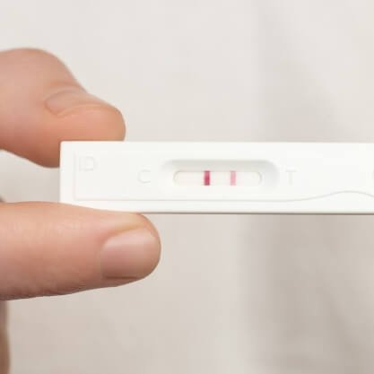 close-up-of-pregnancy-test_1218-372(1)